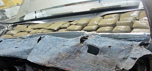 احباط  محاولة تهريب 55 كيلوغرام من مخدر الشيرا كانت على متن سيارة مرقمة بفرنسا