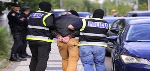 اعتقال مهاجر مغربي بعد محاولته إضرام النار في ابنته القاصر لهذا السبب