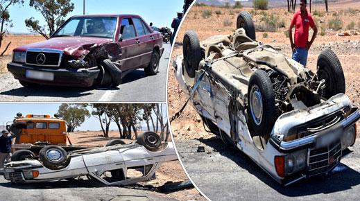 إصابة 7 ركاب سيارة أجرة بجروح خطيرة في حادثة سير مروعة قرب مدينة الدريوش