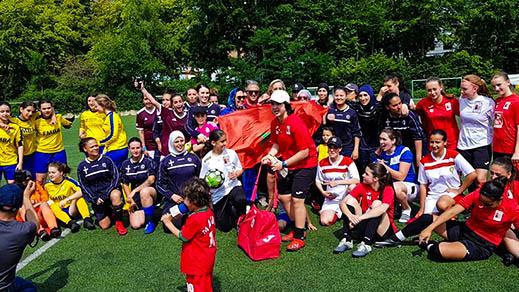 حفل بهيج بمناسبة توزيع جوائز دوري كرة القدم الذي نظمته قنصلية المغرب بتنسيق مع بلدية جيت و جمعية المواطن الجمع
