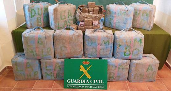 توقيف سيارة بمدريد تحمل نصف طن من الحشيش المهرب من شمال  المغرب