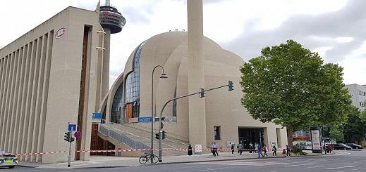 إخلاء أكبر مسجد في ألمانيا بعد بلاغ بوجود قنبلة