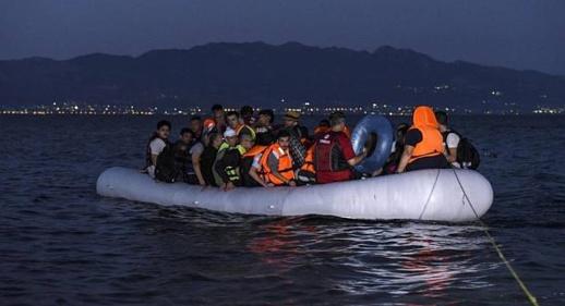 ايقاف 57 مهاجرا سريا يملكون قاربا مطاطيا ضواحي الكبداني