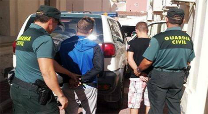اعتقال 8 مواطنين مغاربة في إيبيزا خلال حملة أمنية ضد تجارة المخدرات