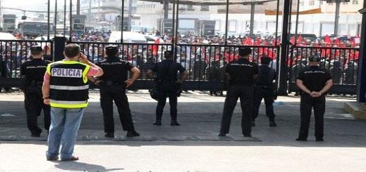 تصريح خطير لمسؤول إسباني: الناظوريون سيموتون جوعا لو أغلقنا معابر مليلية