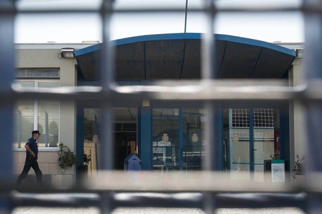 انتحار شاب مغربي بطريقة ماساوية داخل مركز للإيواء باسبانيا