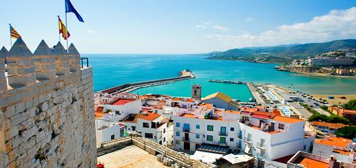 أوراق الإقامة تغري رجال الأعمال المغاربة بإقتناء العقار بإسبانيا