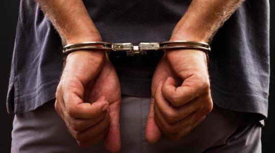 الأمن الإسباني يوقف تاجر مخدرات مطلوب من المغرب والانتربول منذ 2005