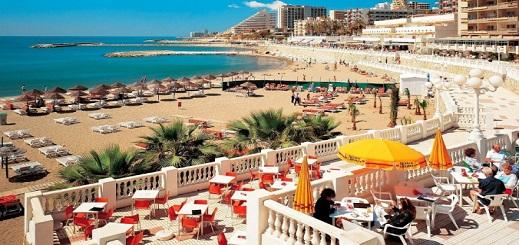قضاء العطلة في الخارج يستهوي المغاربة بحثا عن الجودة بتكلفة مقبولة.. وإسبانيا أفضل وجهاتهم