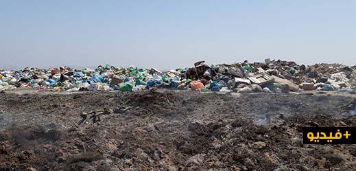 مسؤول يكشف عن أسباب تجميع النفايات في ساحة قرب الطريق الجديدة بالناظور