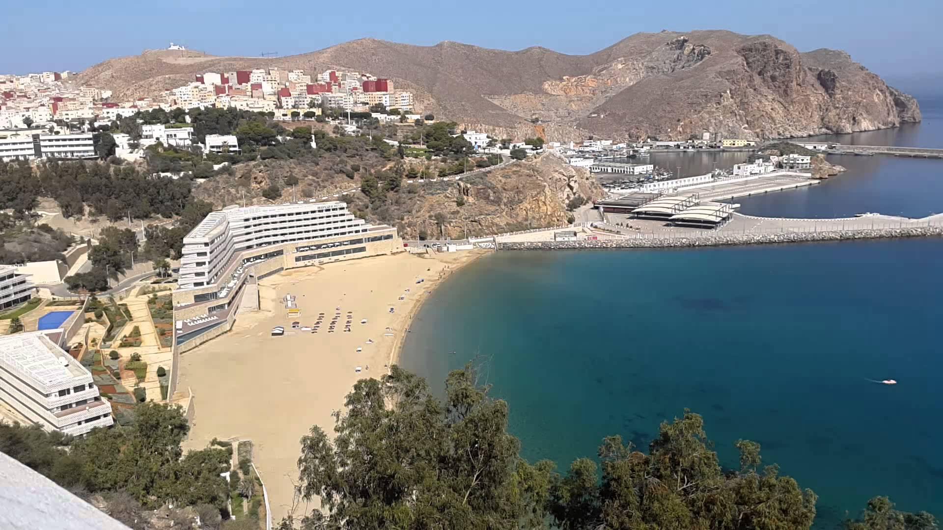 أزرقان: إقليم الحسيمة يتوفر على مؤهلات كبيرة وواعدة تؤهله للتموقع كوجهة سياحية بارزة على المستوى الوطني
