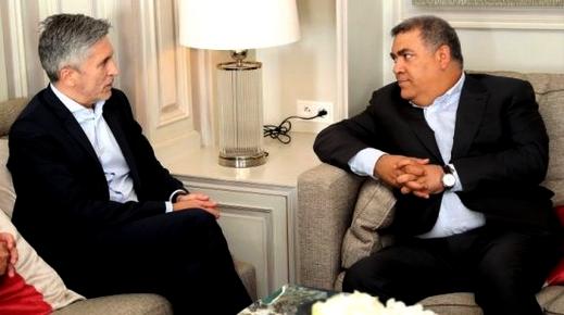 وزير داخلية إسبانيا يحل بالمغرب.. وتسييج الحدود مع سبتة ومليلية المحتلتين على الطاولة