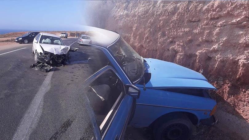 الدريوش.. إصابة سائق سيارة أجرة وسيدتين بجروح متفاوتة الخطورة في حادثة سير قرب الكبداني