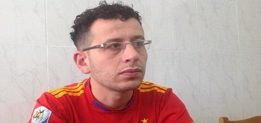ربيع الأبلق يكتب رسالة وداع حزينة لأمه ويؤكد دخوله في آخر إضراب عن الطعام