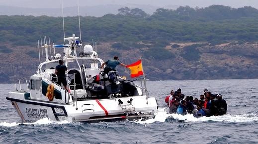 بعد مطاردتهم من طرف الحرس الإسباني.. مصرع شاب مغربي  أثناء محاولة للهجرة السرية من سواحل الشمال