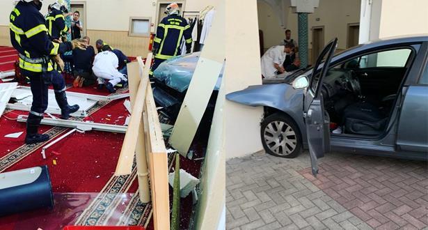 القبض على مقتحم مسجد بسيارته في فرنسا