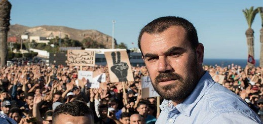 """في الذكرى 3 لمقتل محسن فكري.. الزفزافي يحيي """"حراك الريف"""" بمسيرة في باريس"""