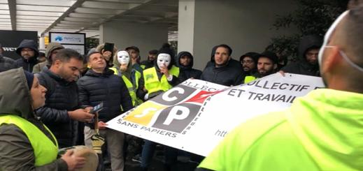 مهاجرون بدون أوراق إقامة يتظاهرون أمام مكتب وزير التوظيف ببلجيكا