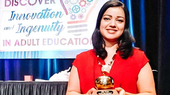 تتويج الريفية نبيلة بكلاطة بجائزة أفضل إطار بيداغوجي بالمدارس التقنية العليا بولاية فلوريدا الأمريكية