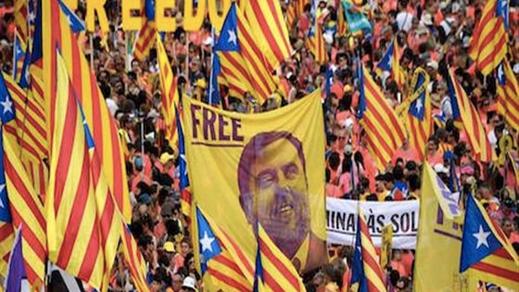 الحكم على 9 زعماء كتالونيين بأحكام قاسية بسبب دعوتهم للإنفصال