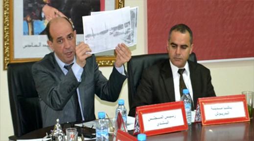 بعد الانتخابات التكميلية.. رئيس مجلس بلدية الدريوش يعقد لقاء مع أعضاء المجلس لهذا السبب