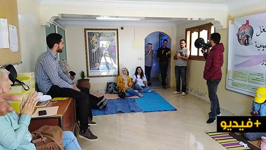 الشغيلة الصحية بإقليم الدريوش تعتصم داخل مندوبية الصحة للمطالبة بتحقيق ملفها المطلبي
