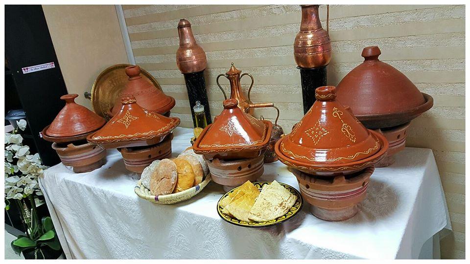 """صاحب مطعم بفرنسا يعثر على مخدرات في """"طواجن"""" مغربية"""