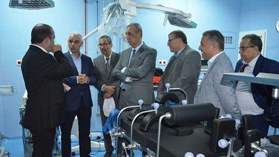 وزير الصحة وعامل إقليم الحسيمة يتفقدان المؤسسات الصحية بالإقليم