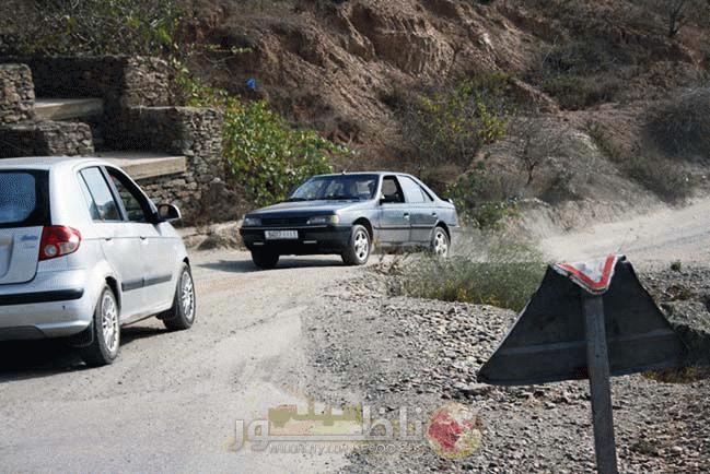 مطالب بإصلاح الطريق الرابطة بين جماعة تمسمان وإمزورن بعد أن وصلت إلى حالة كارثية