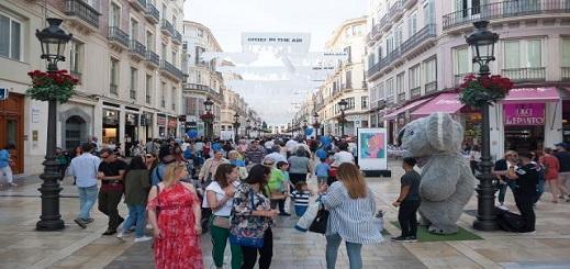 لهذا السبب أصبح مئات آلاف المغاربة مهددون بالتخلي عن جنسيتهم المغربية في إسبانيا