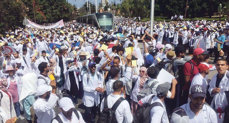 وزارة الشغل: الإضرابات أضاعت 49 ألف يوم عمل بالمؤسسات العمومية للدولة  خلال هذه السنة
