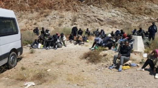 في ضربة موجعة لشبكات التهجير.. توقيف 78 مهاجر من جنوب الصحراء داخل ثلاثة منازل ببوعرك وسلوان