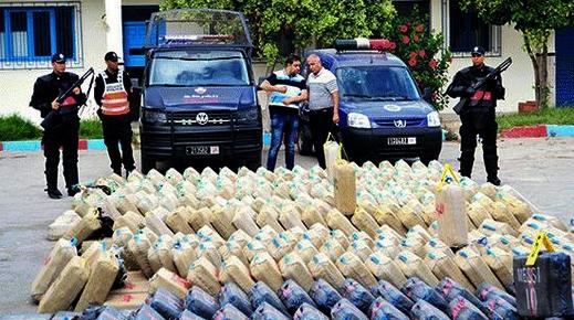 ضربة جديدة لشبكات المخدرات.. أمن الناظور يحجز 3 طن من مخدر الشيرا على متن شاحنة قادمة من كتامة