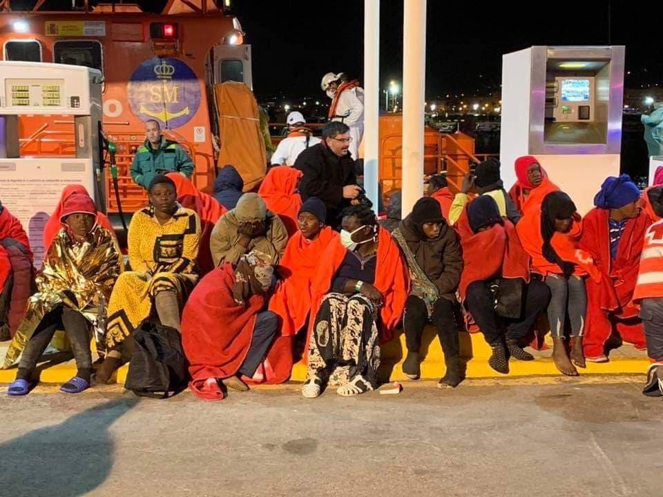مصرع أربع مهاجرين سريين في حادث غرق قارب بالقرب من مليلية