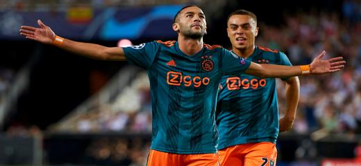 زياش يدخل تاريخ أياكس بتسجيله ثاني أسرع هدف في دوري أبطال أوروبا