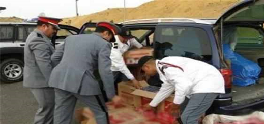 "درك زايو يحجز سيارة على متنها 15 كلغ من مخدر ""طابا"" بحاسي بركان"