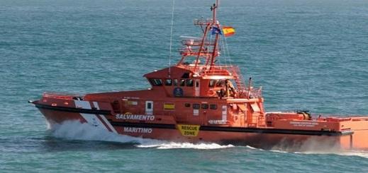 توقيف قارب على متنه 22 مهاجرا مغربيا بالقرب من ميناء قاديس