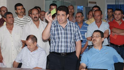 """طارق يحيى يعود إلى الواجهة السياسية.. وهذا ما يجري في الكواليس لتمكين """"التحالف"""" من رئاسة جماعة الناظور"""