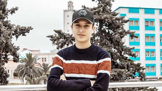 جواد بنهدي.. ابن أزغنغان الذي عشق التصوير و أدمن الكاميرا