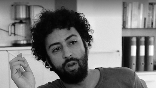"""تقديم الصحافي عمر الراضي أمام وكيل الملك بسبب """"تغريدة"""" حول الريف"""