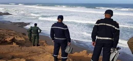 إنقاذ 40 مهاجرا سريا علقوا في عرض البحر بالناظور