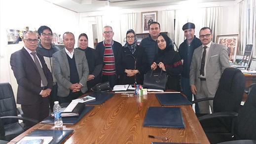 جمعية أيمن للتوحد و المديرية الإقليمية لوزارة التربية الوطنية بالناظور تعقدان اجتماعا هاما