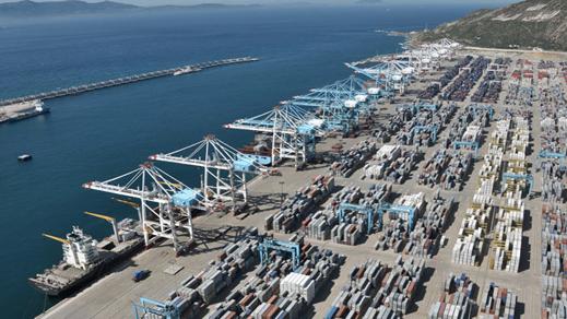 معالجة 65 مليون طن من البضائع بميناء طنجة المتوسط خلال 2019