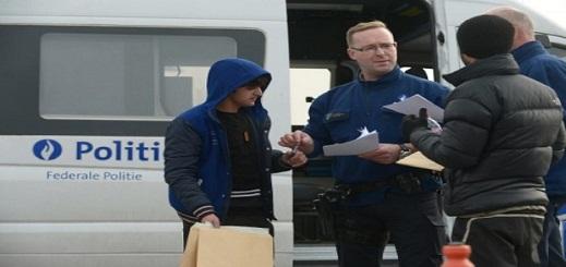 العثور على ثمانية مهاجرين في شاحنة مبردة ببلجيكا