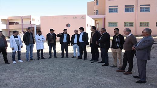 رئيس مجلس اقليم الدريوش يزور المدرسة الجماعاتية بجماعة عين الزهرة