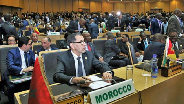 رئيس الحكومة يقدم في قمة الاتحاد الإفريقي تقرير الملك بشأن تفعيل مرصد الهجرة