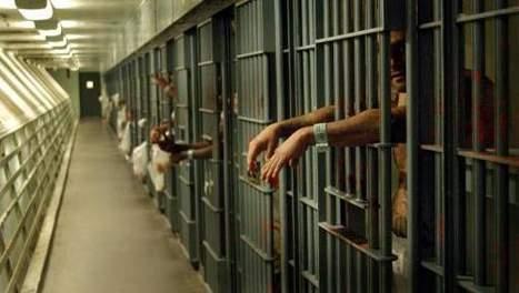 وفاة مهاجر مغربي  وأجنبيين اثنين في سجن باسبانيا