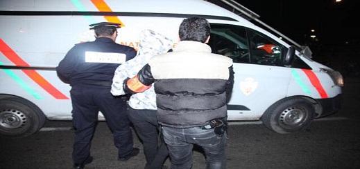 اعتقال شقيقين وحجز سيارتين مزورتين ومصادرة 800 قنينة من الخمر الرفيع بسلوان