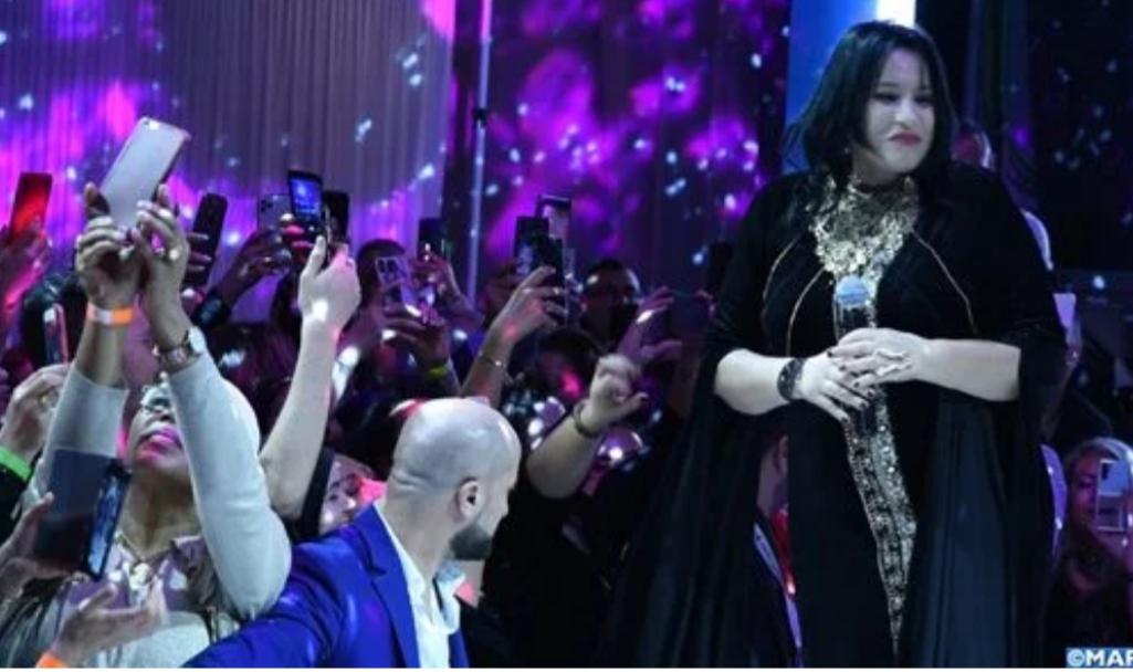 القفطان المغربي يخطف الأضواء في عرض دولي للأزياء ببروكسل