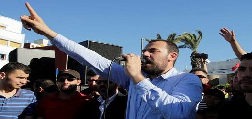 الزفزافي وأحمجيق يعلنان توقيف إضرابهما عن الطعام